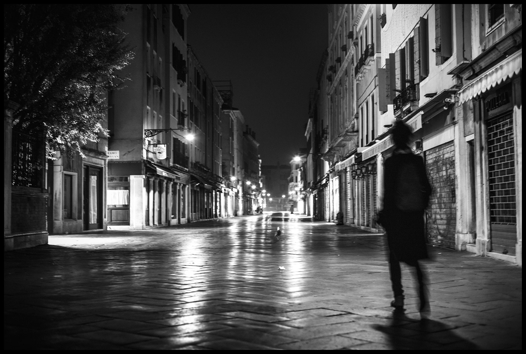 Souls at Night 3 - Street Photography | Stefano Paradiso - Photographer